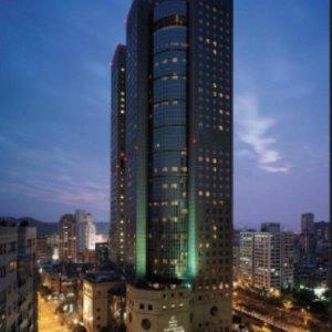 샹그릴라 파 이스턴 프라자 호텔