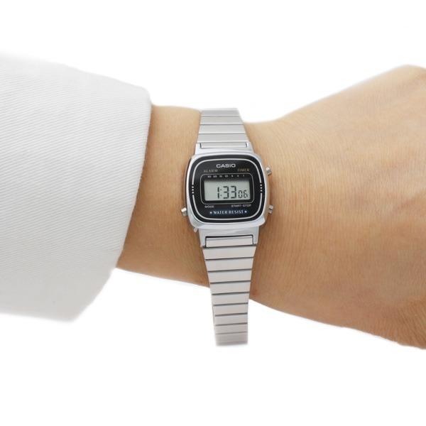 카시오정품 여성 메탈  전자 손목시계  LA-670WA-1D