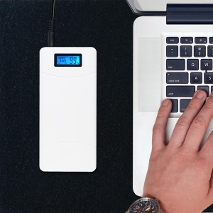 노트북 보조배터리 고속충전 휴대용 충전기 P65