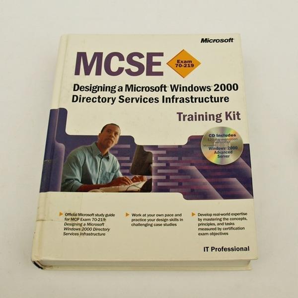 영문서적MCSE Training Kit designing windows 2000