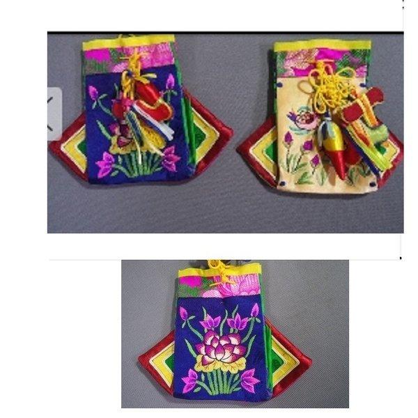 자수문양 한복 노리개 복주머니2점 목단무늬 원앙잉꼬