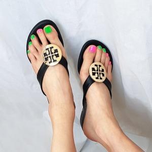 여성 여름 굽있는 명품 장식 쪼리 슬리퍼 조리 샌들