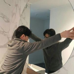 거울유리 제작공장 - 붙이는거울 다양한 칼라 국내산