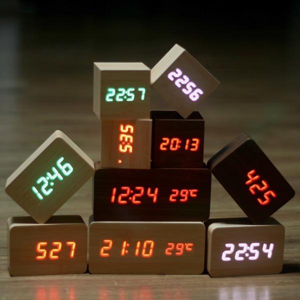 원가 한정판매 LED나무시계 탁상시계 디지털시계