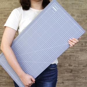 유니크  3단 접이식 커팅매트 - 그레이(900x600)