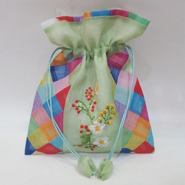 전통 중간 꽃 복주머니(중) 한국 기념품 외국인 선물