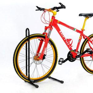 바퀴스탠드(블랙) 자전거거치대/보관대/수리대/전시대
