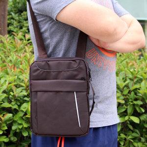 브라운 아이패드 크로스백/메신저백 여행용 보조가방
