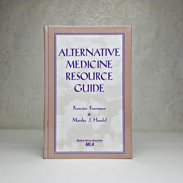 영문서적 alternative medicine resource guide