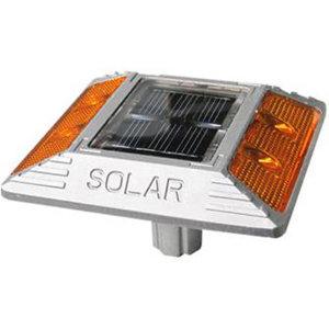 태양광 도로표지병 SRSA-4 안전유도등 위험도로설치