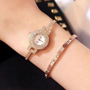 뷰티 여성 패션 메탈 큐빅 손목시계 선물용 고급 시계