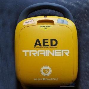 교육용 자동제세동기 AED 충격기 라디안(HR-501T)제품