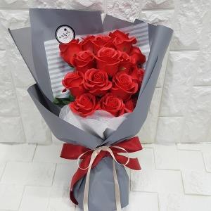 장미꽃다발 로즈데이 생일 축하 성년의날 선물