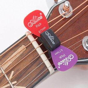 피크홀더 피크케이스 고무홀더 기타소품 기타악세사리