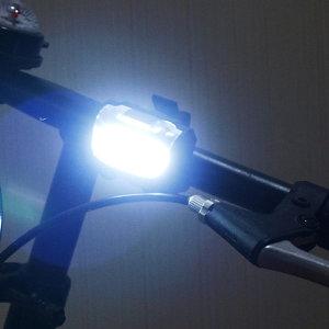 자전거 전동킥보드 led 라이트 후미등 전조등 거치대