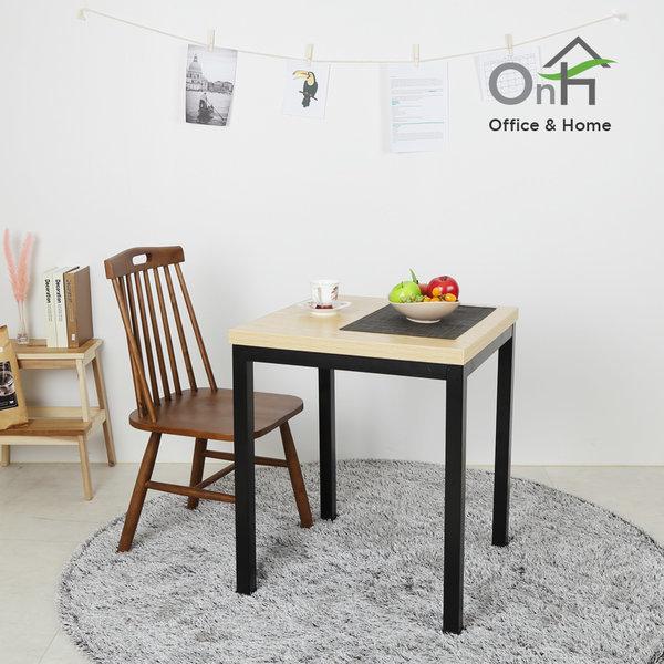 솔루션 600x600 테이블 식탁 철재테이블 티테이블 카페