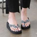 여성 통굽 스펀지 쪼리샌들 여름 플립플랍 비치신발