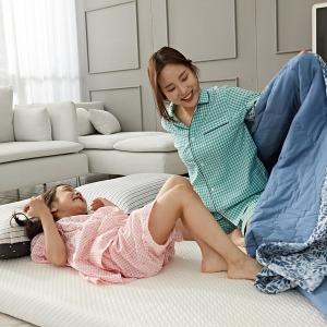 엄마품 메모리폼 토퍼매트리스 바닥 침대 3단접이식