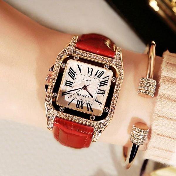 여자손목시계 앤틱 스타일 스퀘어 패션시계