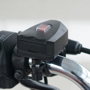 오토바이 바이크 스쿠터 핸들바 듀얼 방수 USB충전기