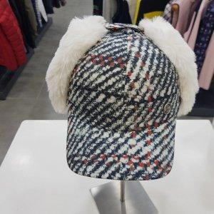 보그너  모다아울렛 여성 겨울 귀달이 모자 01-164-214-01-69