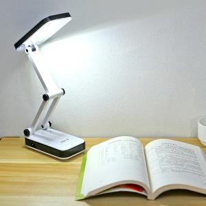 LED 충전식 접이 스탠드 조명 무드등 독서등 캠핑전등