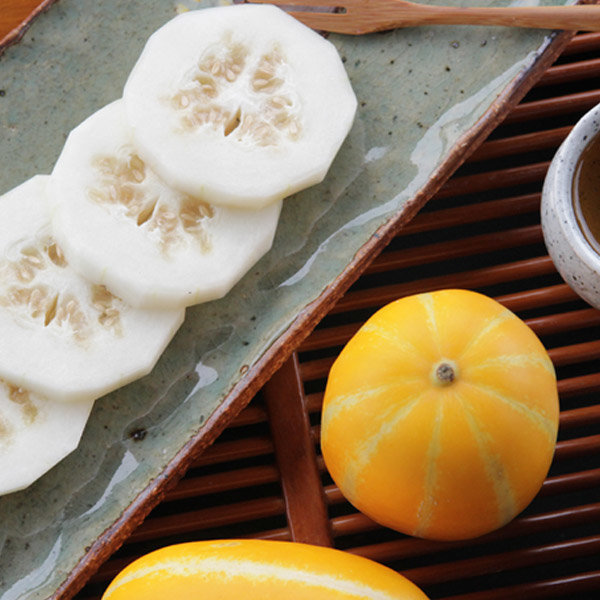 아삭달콤 첫 수확 참외 2.5kg(중과/7-10과)