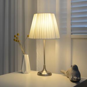 올루미 오로라 스탠드(샤이닝실버) +LED 전구색 증정
