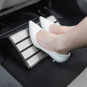 차량용 2열 뒷좌석 보조 알루미늄 발판