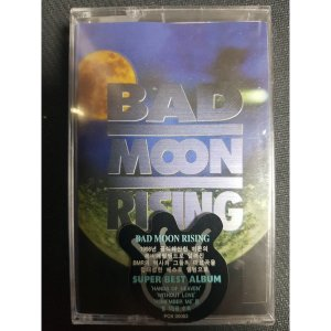 Bad Moon Rising  flames on the moon 테이프