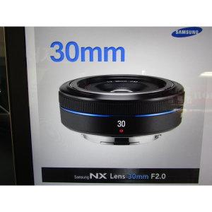 삼성전자 30mm F2(정품) 밝은렌즈 아웃포커싱 렌즈
