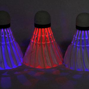 4P 야간 밤 운동 배드민턴 LED 셔틀 콕 공