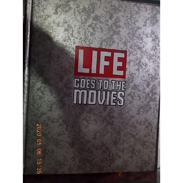 GOES TO THE MOVIES       /(TIME LIFE/한국일보 타임 라이프/하단참조)