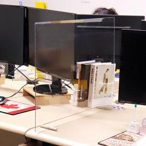 투명 PC 책상가림막 칸막이 유치원 60x40cm 3T 볼트AC