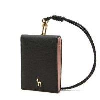 (현대백화점)헤지스핸드백 HIHO0F306BK 퍼피 로고 지폐수납 가능 카드목걸이 / 헤지스 카드지갑