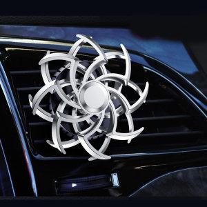 TKB 회전하는 차량용 눈꽃방향제 송풍구형 실버