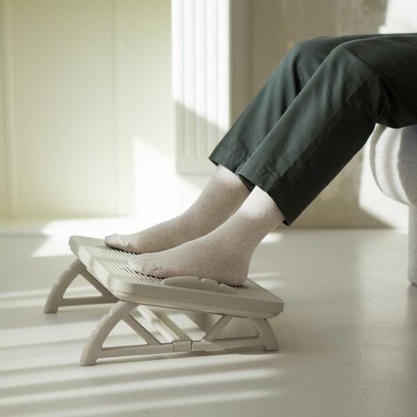 리빙숲 각도조절 브리즈 사무실 발받침대/다리받침대