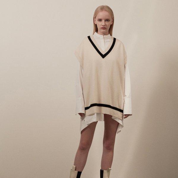 (서지혜신예은조윤희 착용)Overfit v-neck knit vest 001 Ivory